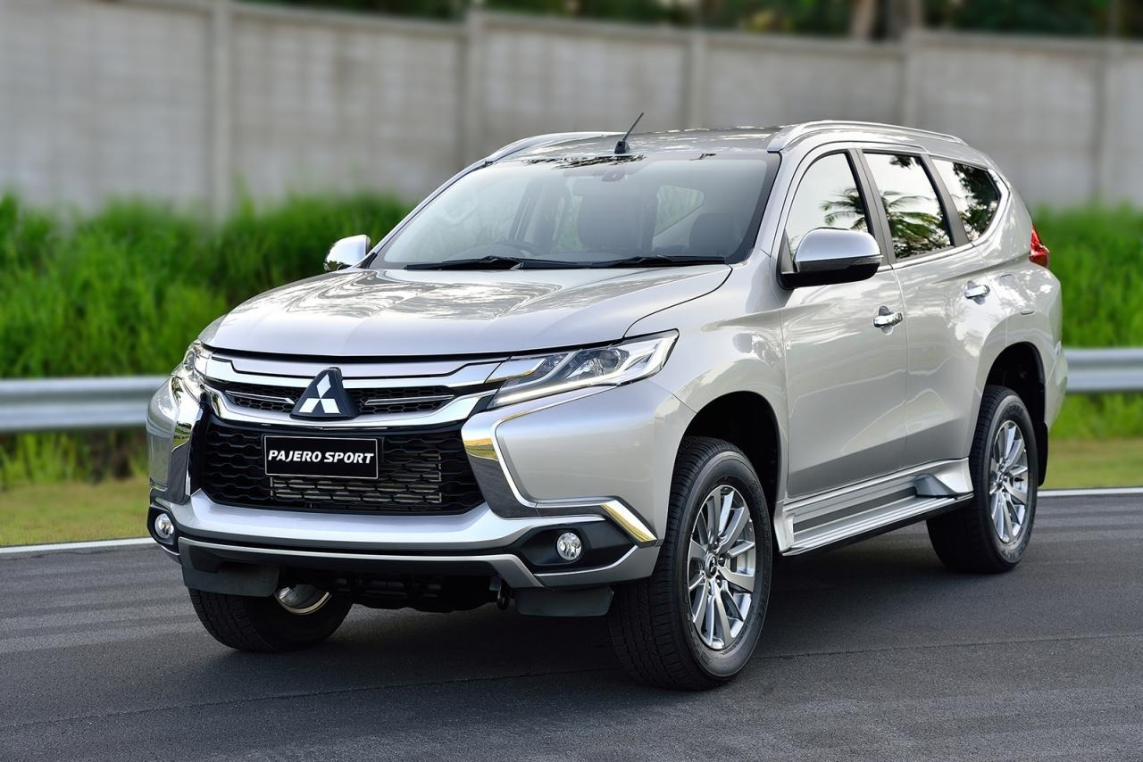 2020 Mitsubishi Pajero Wallpapers
