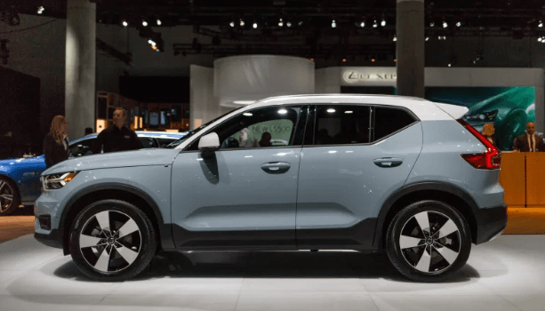 2021 Volvo XC60 Interiors, Engine and Powertrain