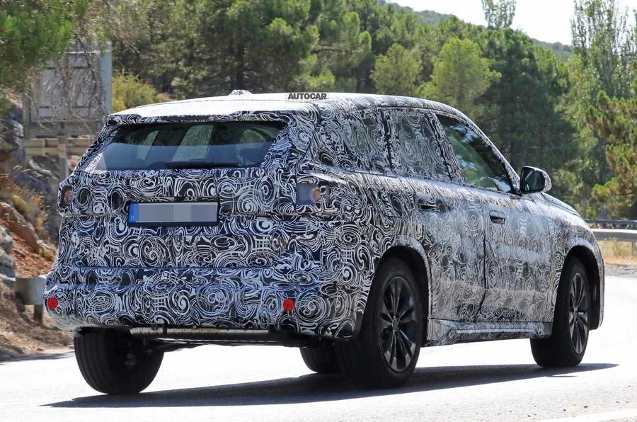 2022 BMW X1 Spy Photos