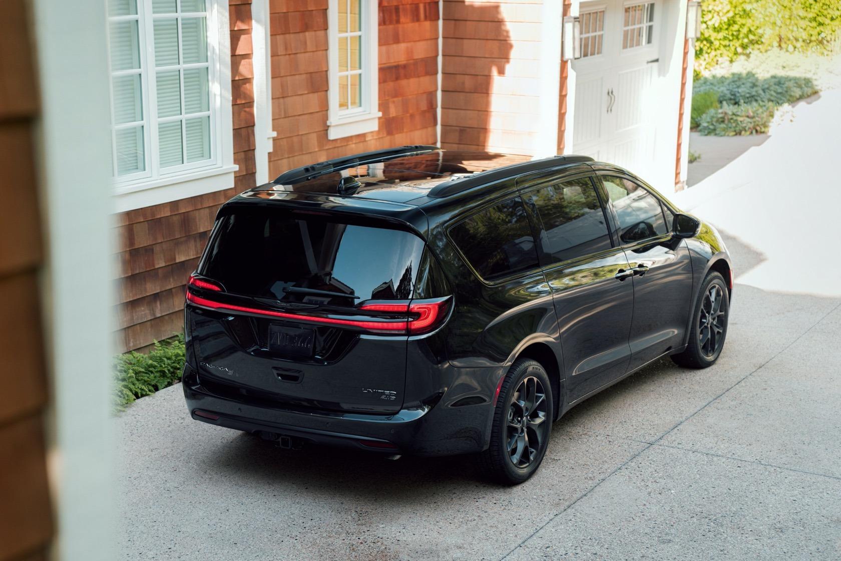 2022 Chrysler Lineup Price