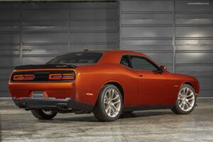 2022 Dodge Challenger Interior