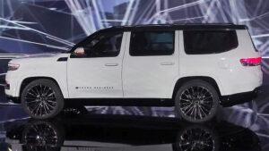 2023 Jeep Grand Wagoneer Wallpaper