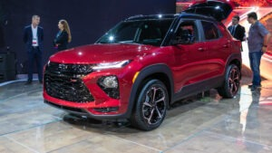 2022 Chevy Trax Images