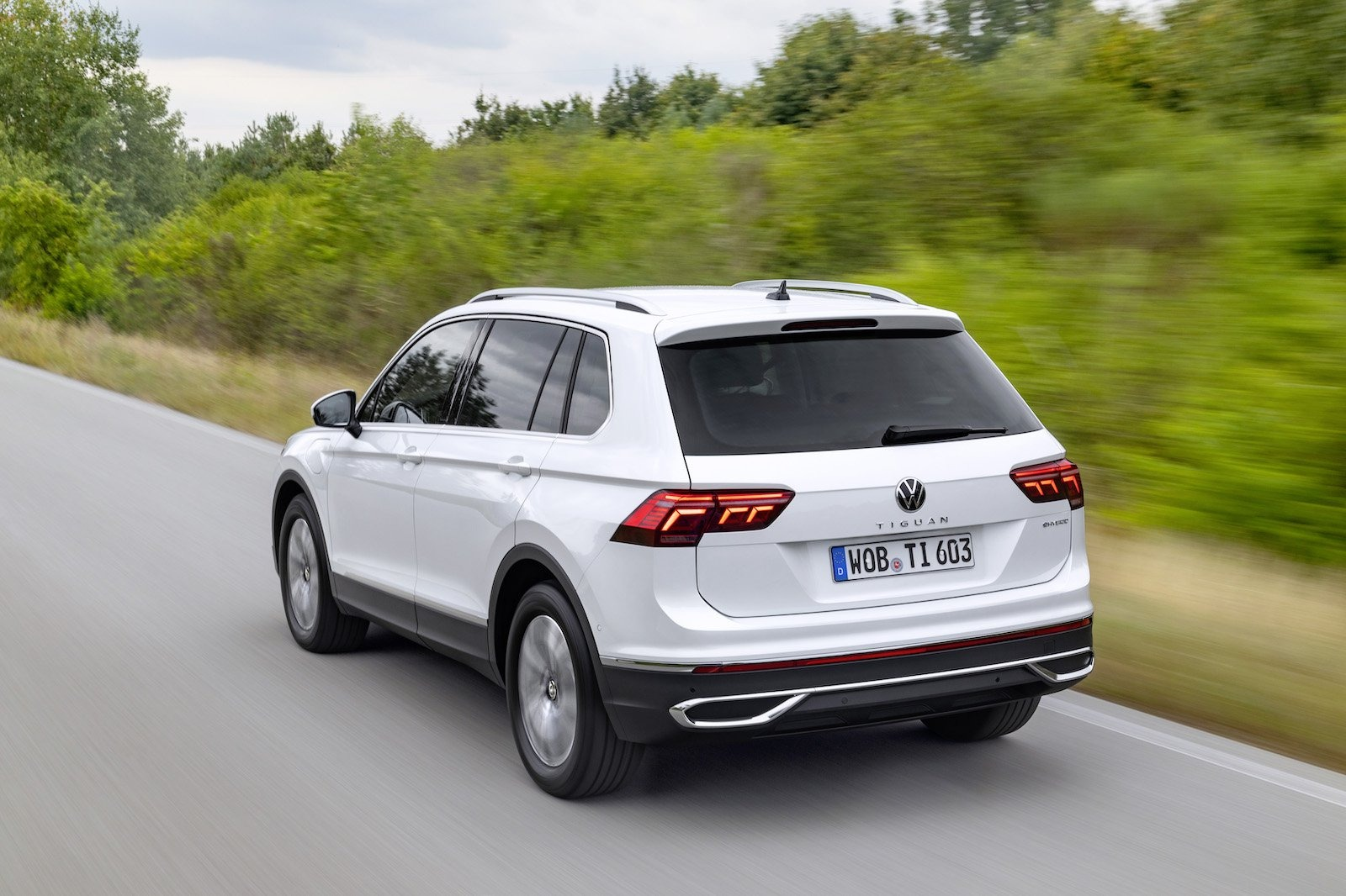2023 VW Tiguan Images